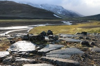 Fresh snow on Tungnafjellsjökull and morning light on glacial polish